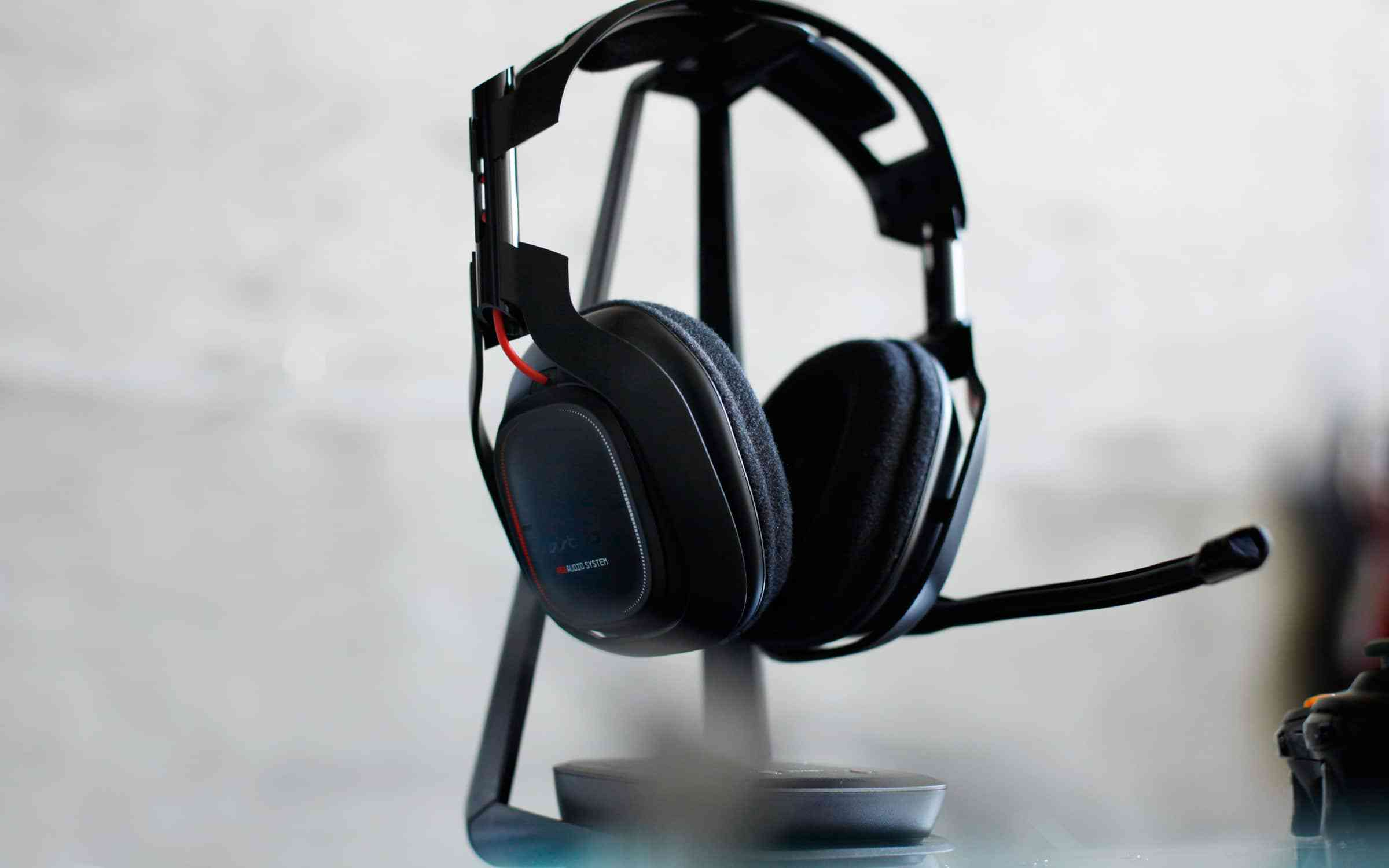 The Astro A50 is manufactured by Astro and was added in December in the PC Headphones section This product has a rating of out of 5 The best price of the Astro A50 in Canada .