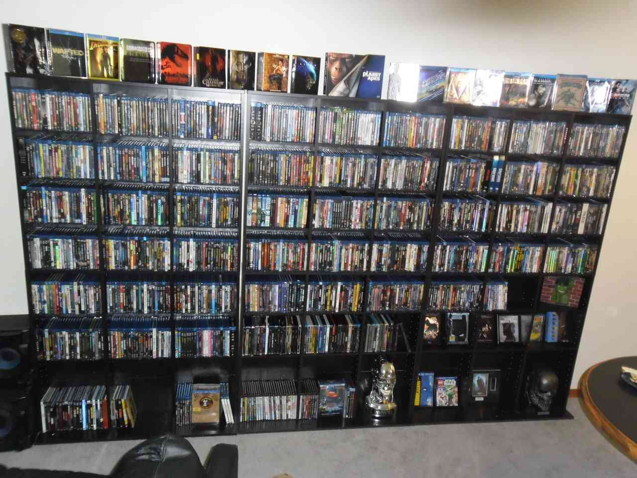 http://canadianonlinegamers.com/wp-content/uploads/2014/03/bluray-collection.jpg