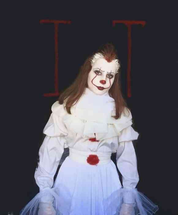 Pennywise Cosplay 10