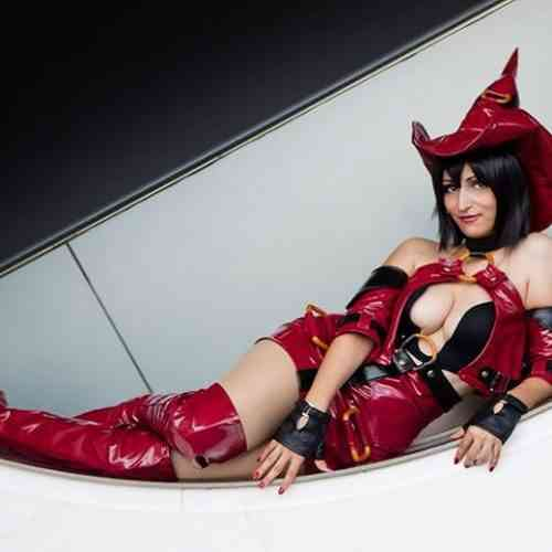 HezaChan Cosplay Featured