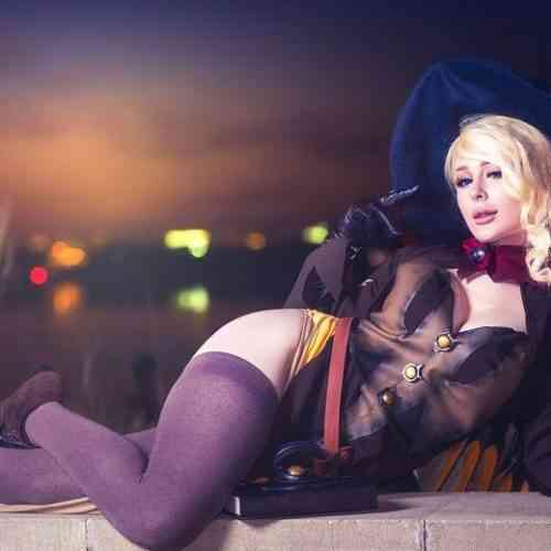 Jenna Lynn Meowri Cosplay Featured