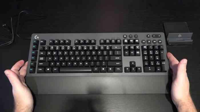 Logitech G613 Wireless Gaming Keyboard Top