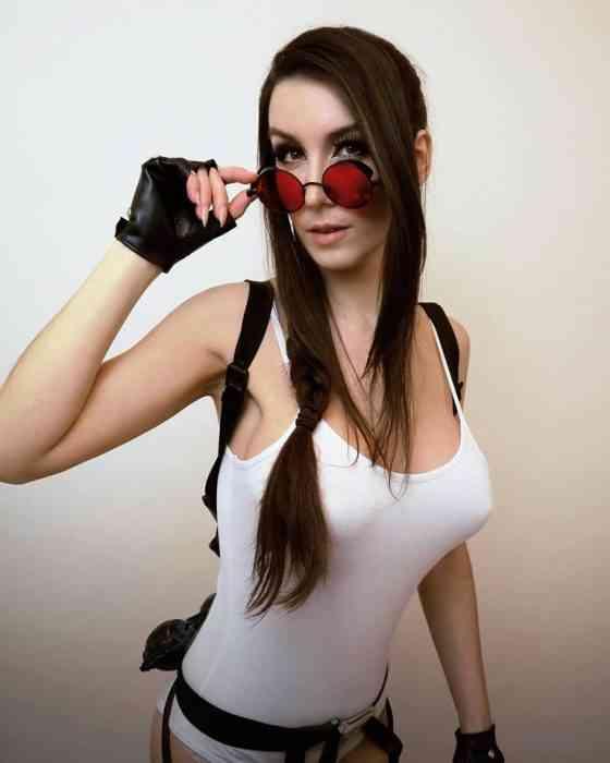 Giulietta Zawadzki - COSPLAY - Lara Croft 02-min