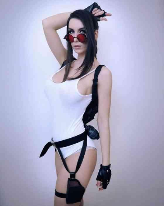 Giulietta Zawadzki - COSPLAY - Lara Croft 05-min
