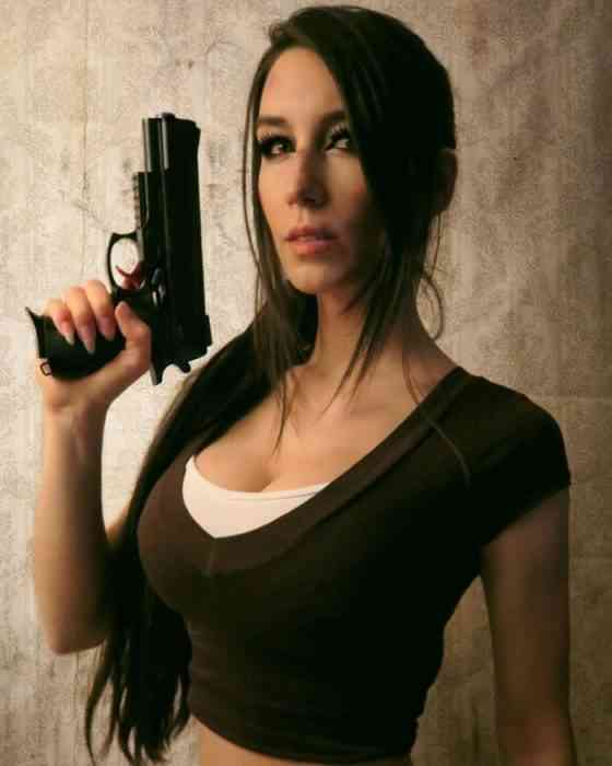 Giulietta Zawadzki - COSPLAY - Lara Croft-min
