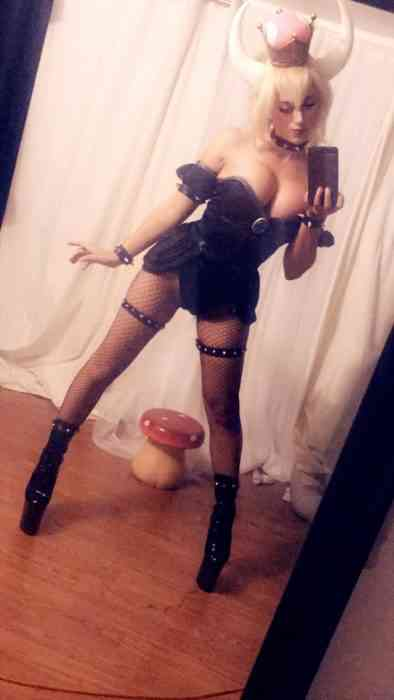 bowsette nude cosplay