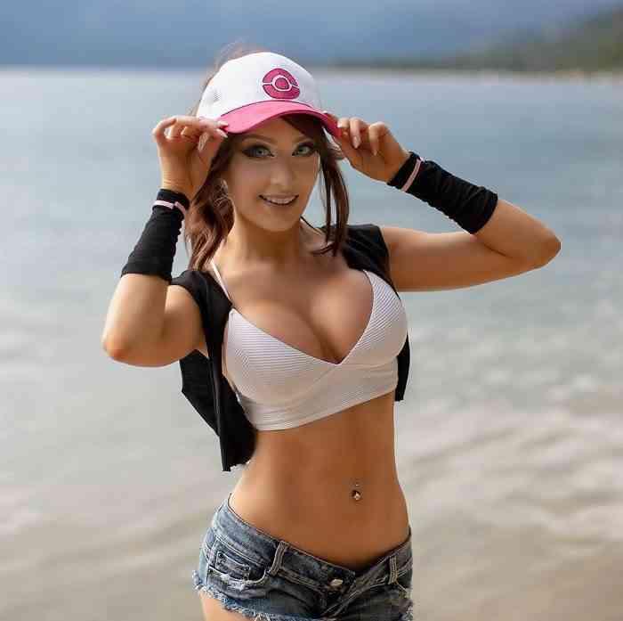 Pokemon sexy cosplay