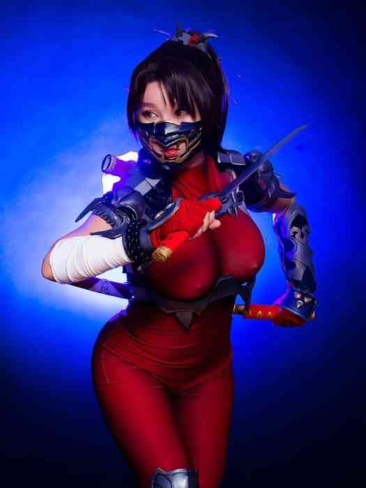 Rinnie Riot Cosplay