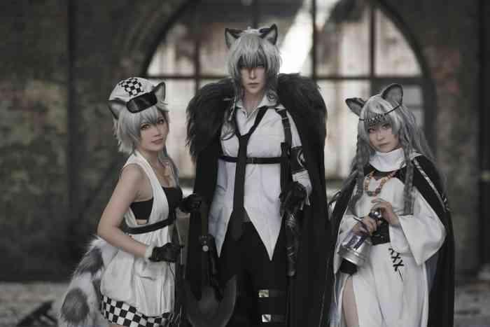 Hakken Ryou SilverAsh cosplay